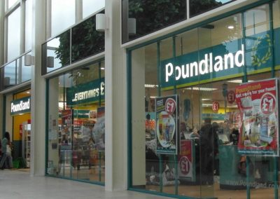 Photo:Exterior of Poundland