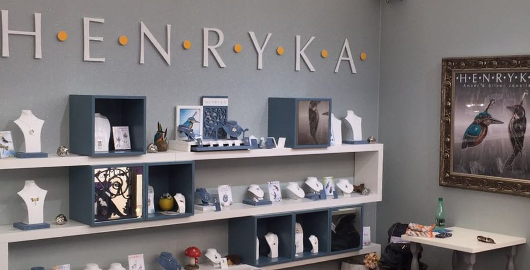 Henryka – Exhibition Stand
