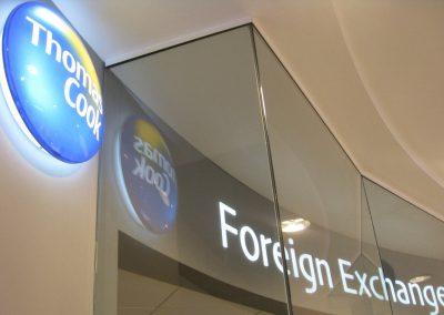 Foreign exchange desk